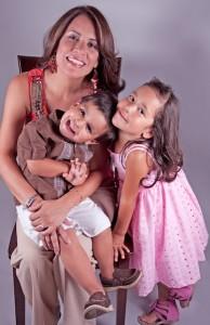 RoxanaSotowithKids_www.florblakephoto.com
