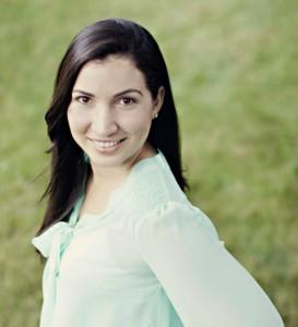 Melissa B._headshot_for SpanglishBaby