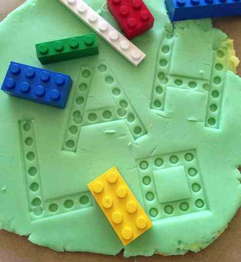 Learning Letters With Play-dough and Legos - actividadesinfantil.com