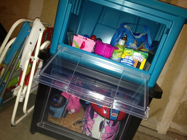Rubbermaid Organizer Box