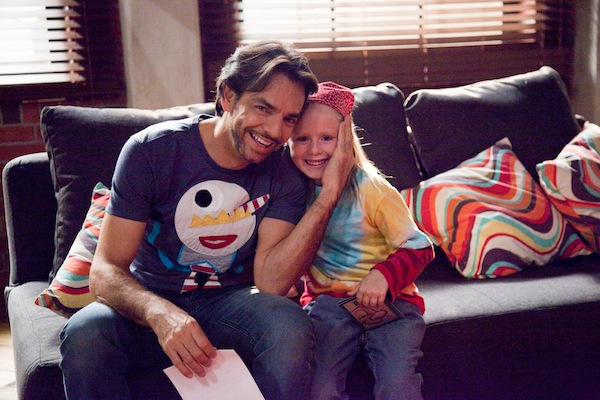 Eugenio Derbez and Loreto Peralta INSTRUCTIONS NOT INCLUDED
