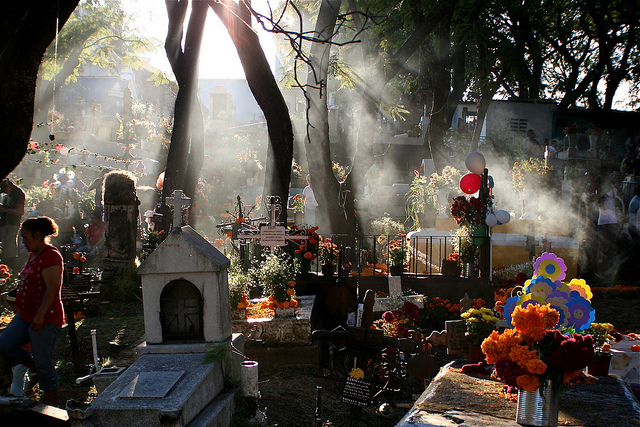 Día de los Muertos: Funerals, Death and Questions from a Three-Year-Old